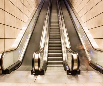 自动扶梯/人行道